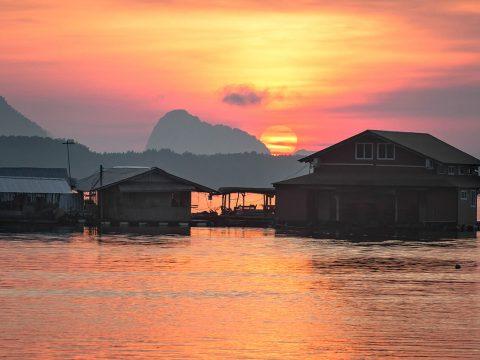 Ban Sam Chong Tai, Phang Nga Thailand