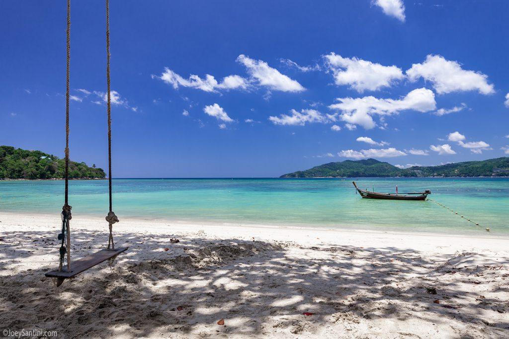Swing on Tri Trang beach.